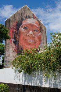 Mural showing Tahitian woman