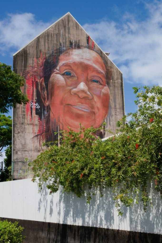 Mural showing Tahitian woman